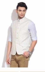 Solid Men's Waistcoat at Rs.2079/-